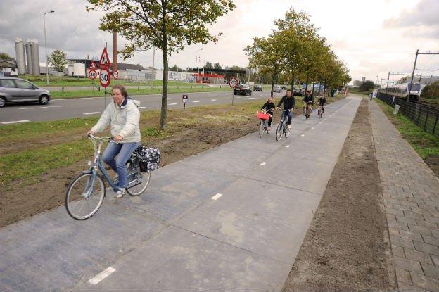napelemes_bicikliut